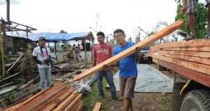 Shelter repair for 414 families in Nasunugon, Valencia in the Philippines (Typhoon Haiyan)